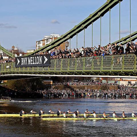 Rowing in Oxford Oxford vs Cambridge