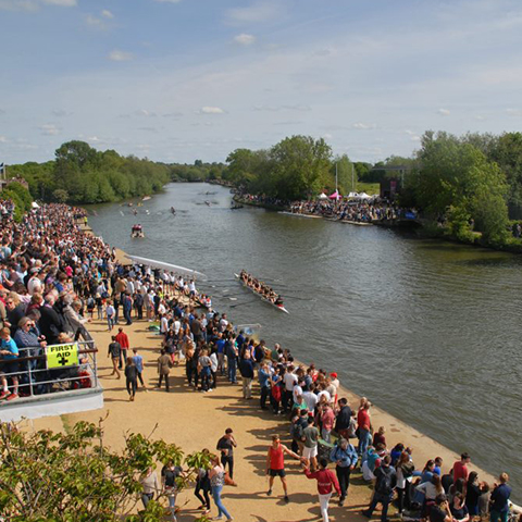 Watch the boat race on the Thames in Oxford